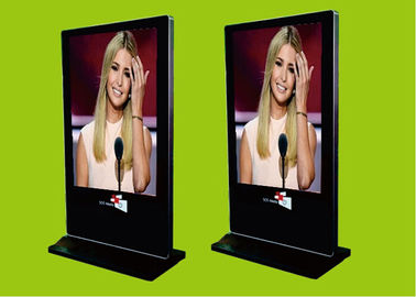 Cina 1920x1080 Slim Android Freestanding Digital Poster / Plug & Play Digital Advertising Display pabrik